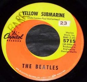 Beatles - Yellow Submarine / Eleanor Rigby Vinyl 45 7