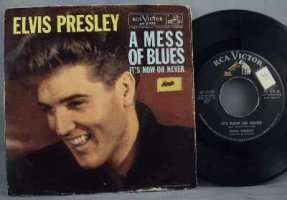 Presley, Elvis - It\'s Now Or Never / A Mess Of Blues 45 W/PS
