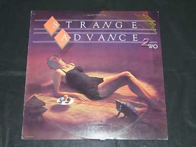 strange advance 2wo