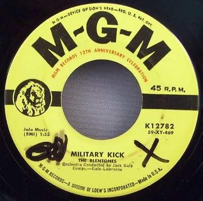 Blentones - Lilly / Military Kick - 45T