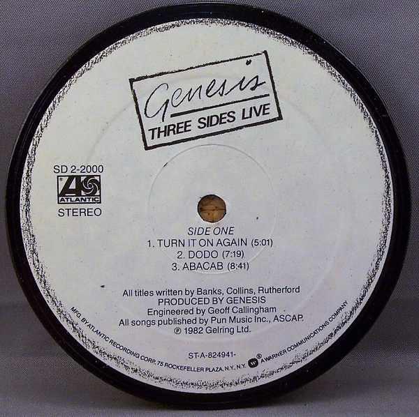 GENESIS - Three Sides Live - Sous-Boque
